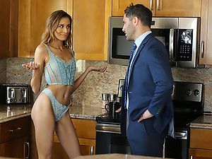 Gorgeous Kylie Le Beau Wants her boss\'s cock
